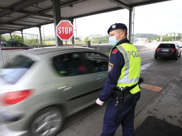 Nach Verwirrung um neue Reise-Regeln: Ministerium will präzisieren