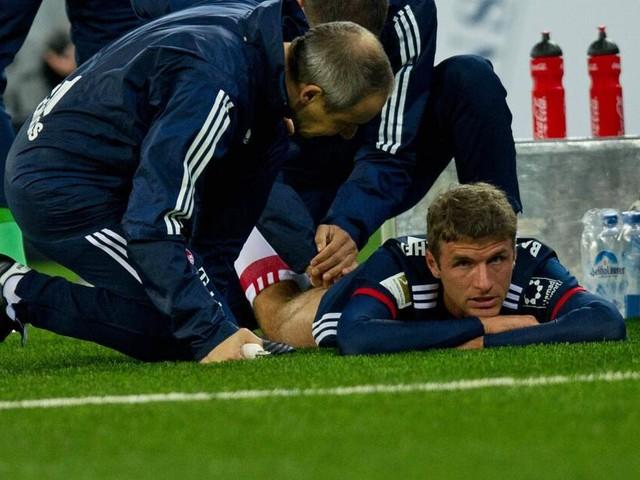 Bundesliga: Verletzung von Thomas Müller soll in München genau untersucht werden