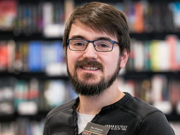 Interview: Darum haben viele Bücher im Herner Handel noch Plastikfolien