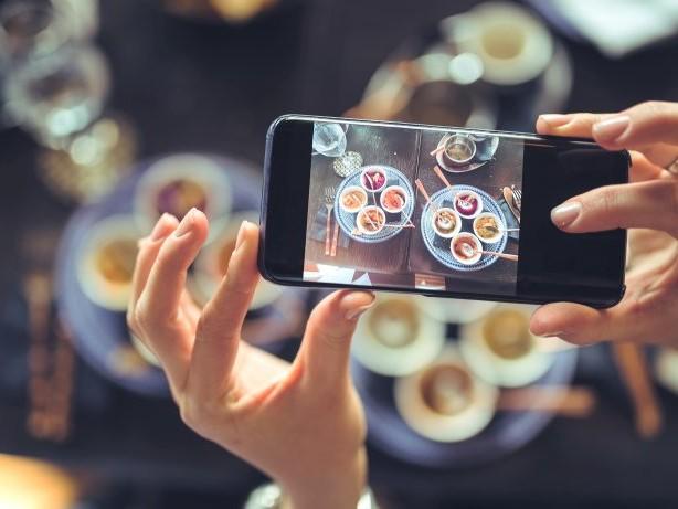 Geniessen: Wie Foodblogs und soziale Medien unser Essverhalten ändern