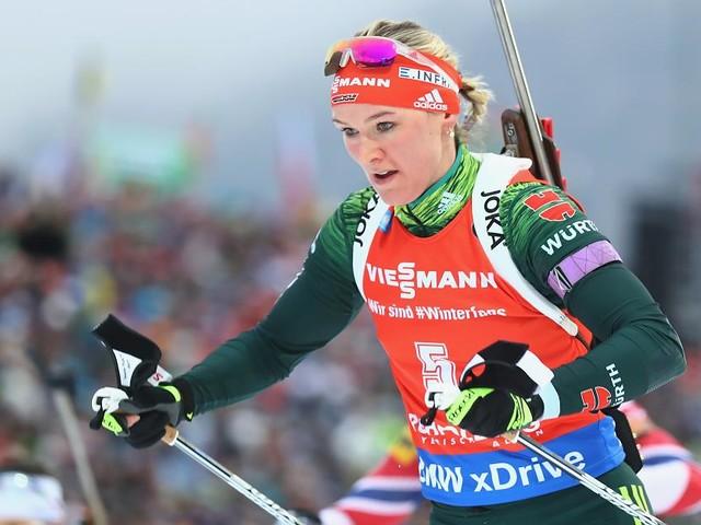 +++ Biathlon in Oberhof im Live-Ticker +++ - Können die deutschen Skijäger das erste Podest beim Heim-Weltcup holen?