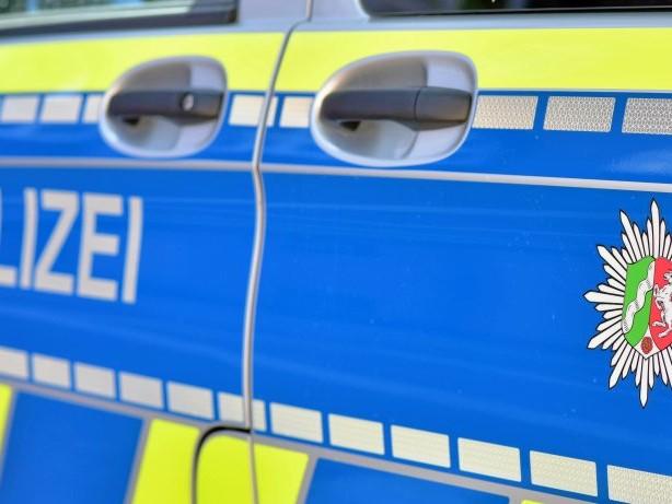 Unfall: Olpe: E-Bike-Fahrer verletzt sich bei Sturz schwer am Kopf