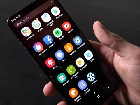 Ärger für Samsung Nutzer: Mysteriöser Fehler lässt plötzlich Galaxy-Smartphones einfrieren