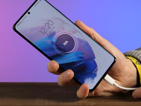 Galaxy S21 FE: Muss Samsung die Smartphone-Produktion stoppen?