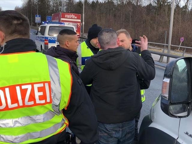 FOCUS Online einen Tag auf Streife mit Bundespolizei - Profiling an Grenze: Wie Bayerns Schleierfahnder in Sekunden Schleppercoup landen