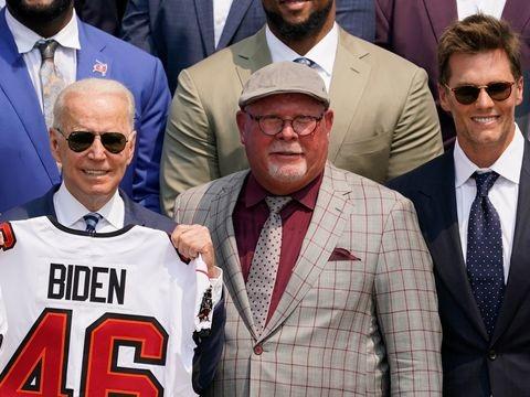 NFL-Champion: Biden empfängt Tampa Bay Buccaneers im Weißen Haus