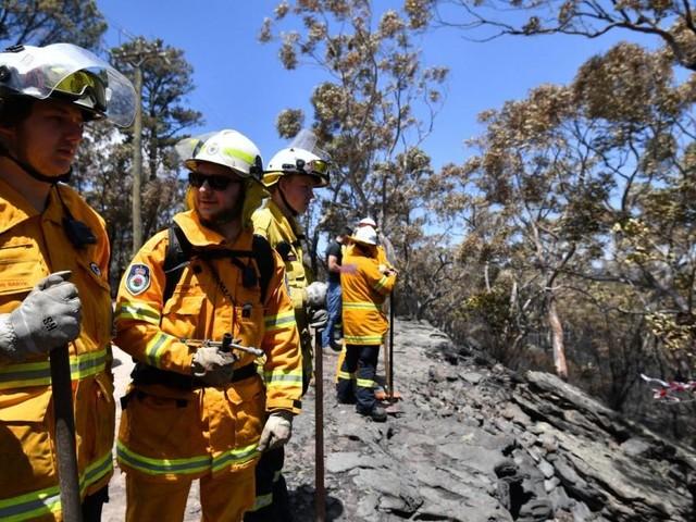 """""""Atmen fällt schwer"""": Australische Buschfeuer hüllen Sydney in Rauch"""
