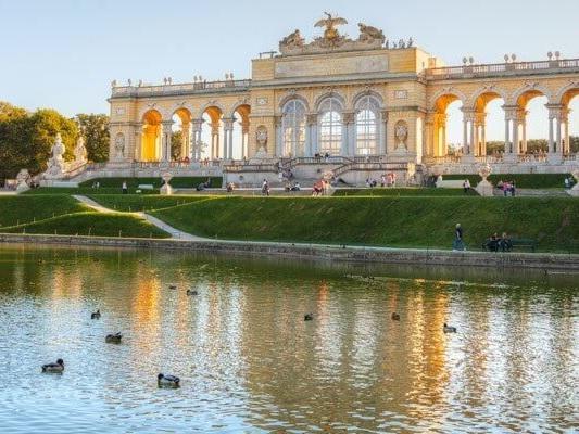 Flug von Ungarn nach Wien