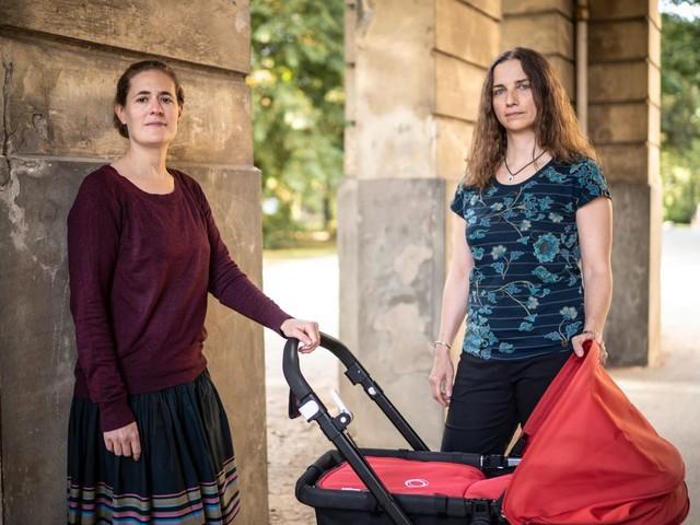 Lesbische Paare und ihre Kinder: Das Mit-Mutter-Problem