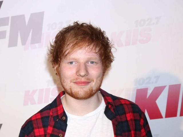 Er begibt sich in Selbstisolation: Ed Sheeran ist positiv auf Coronavirus getestet worden