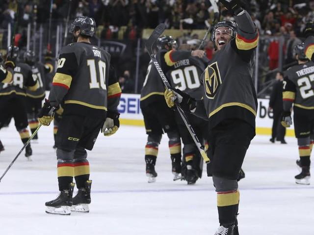 NHL: Nico Sturm scheidet mit Minnesota aus den Playoffs aus