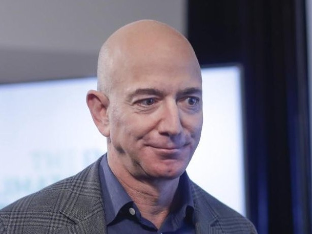 Private Raumfahrt: Amazon-Gründer Bezos will mit Bruder ins Weltall fliegen