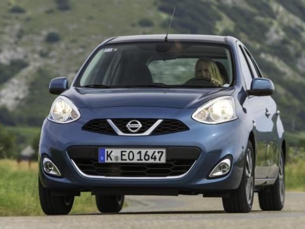 Japaner mit Zipperlein: Älterer Nissan Micra (K13) schwächelt mit Achsenproblemen