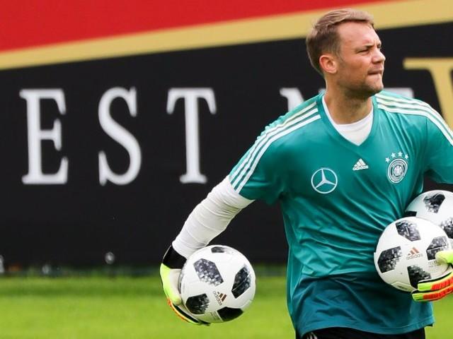 Bundestrainer Löw: Neuerwird nur als Nummer eins zur WM fahren