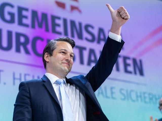 Neuer FPÖ-Wien-Chef: Nepp ist jetzt offiziell Straches Erbe