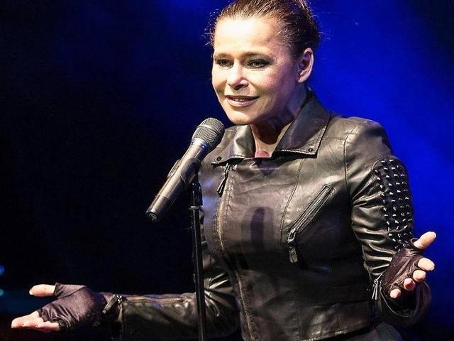 Gaga statt Giga? - Widerstand gegen Tesla-Pläne wächst - jetzt kämpft auch Sängerin Julia Neigel mit