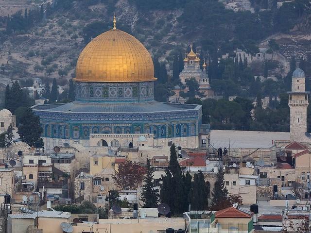 Polizei räumt heilige Stätte: Ausschreitungen auf dem Tempelberg