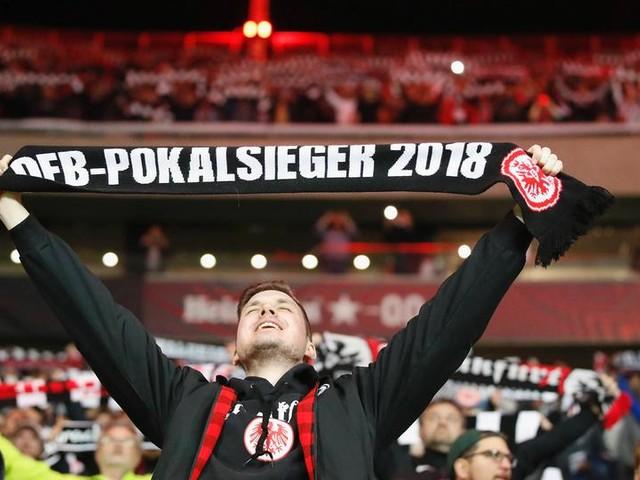 Eintracht Frankfurt plant vollständige Fan-Rückkehr im Oktober