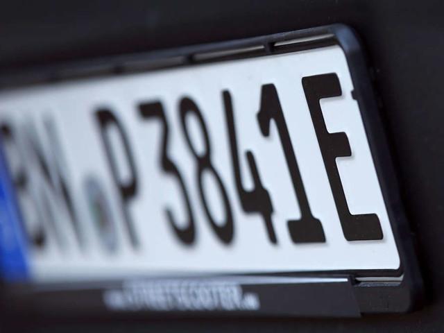 """Dafür steht das """"E"""" auf Auto-Kennzeichen wirklich"""