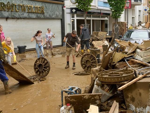 Bundesregierung will Soforthilfe für Hochwasseropfer beschließen