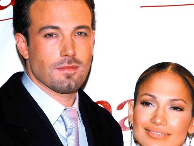Liebescomeback: Jennifer Lopez postet Kuss-Foto mit Ben Affleck