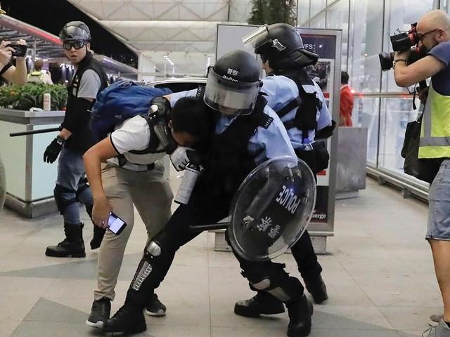 Chinas Militär schon an der Grenze? So angespannt ist die Lage in Hongkong