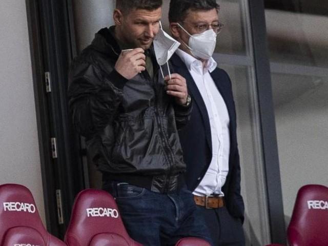 Führungsduo Hitzlsperger und Vogt in Quarantäne