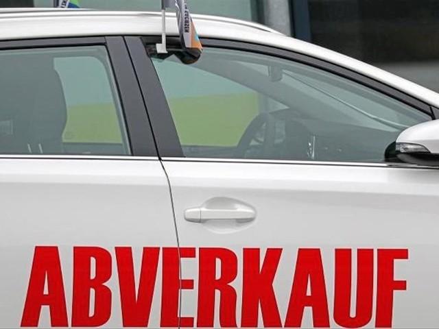 Studie: Autobauer halten sich bei Rabatten zurück