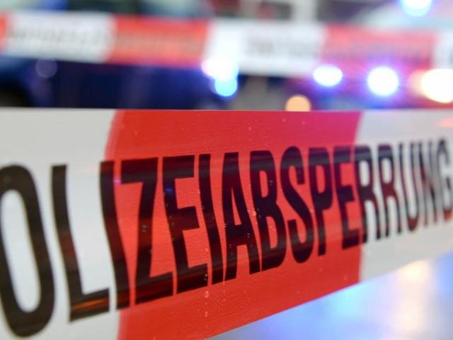 Porsche rast auf Gehsteig: Vier Tote in Berlin, darunter Kleinkind