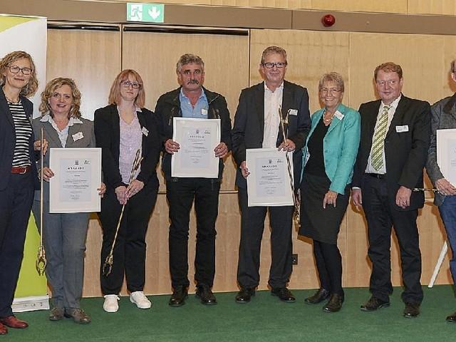 Niederaula - Umweltministerin Priska Hinz zeichnet Niederaula für die längste Teilnahme aus
