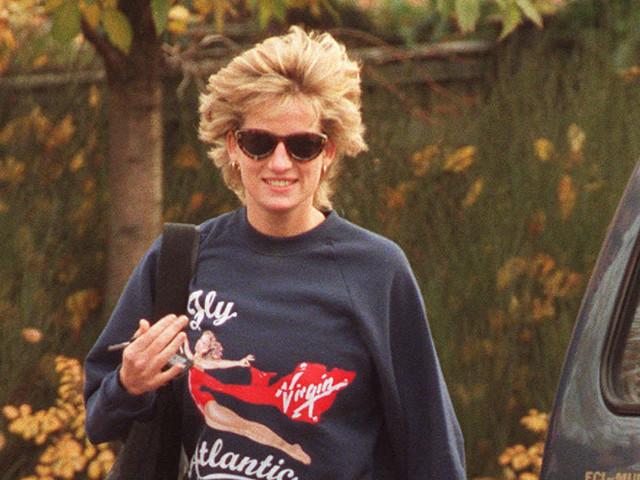 Sweatshirt von Prinzessin Diana für 47.000 Euro versteigert– Sammler mit Detail über sie