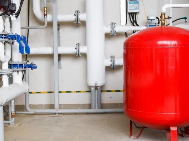 Stichwort E-Fuels: Neuer Sprit für alte Ölkessel?