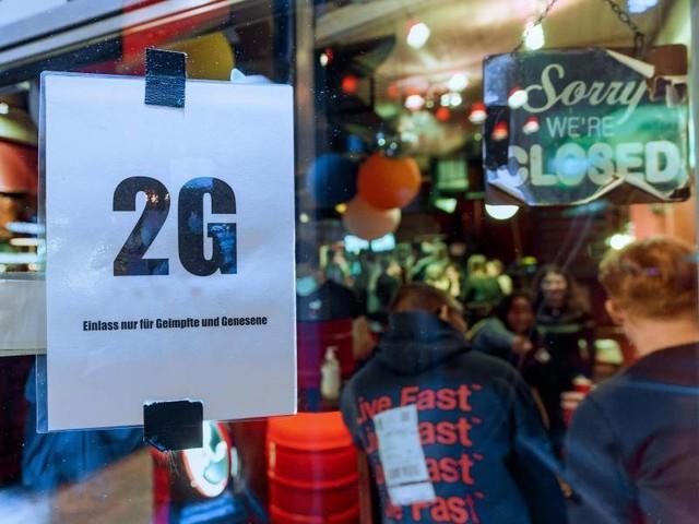 Coronavirus: Umfrage: Mehrheit für 2G-Regeln für Gastro und Events
