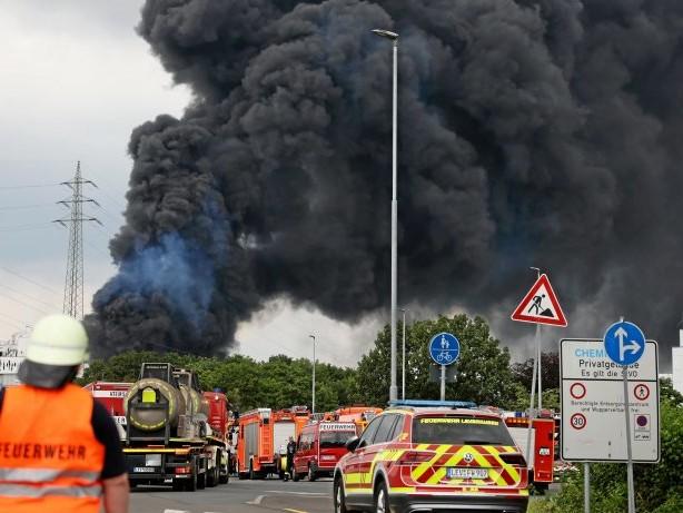 Chempark-Unglück: Explosion in Leverkusen: Warten auf Ergebnis von Ruß-Analyse