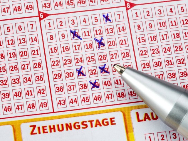 Lotto Am Samstag 03 08 2019 Die Aktuellen Gewinnzahlen Der Ziehung