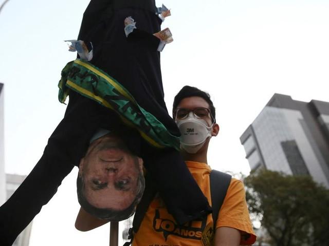 Brasilianer protestieren erneut gegen Bolsonaros Corona-Politik