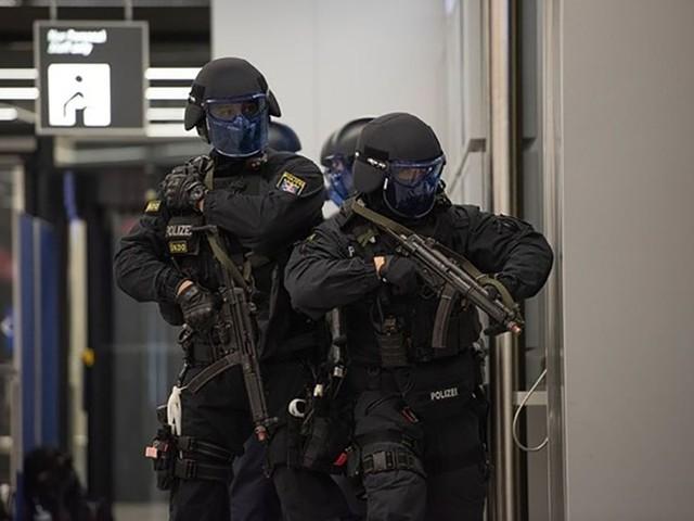 Anti-Terror-Übung in Ludwigsburg: Simulierte Explosionen und Schüsse – 1000 Einsatzkräfte