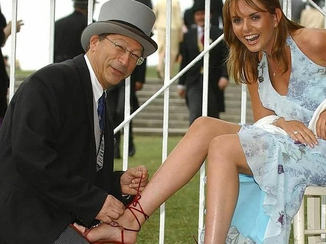Stuart Weitzman wird 80: Frauen tragen ihn zu Füßen