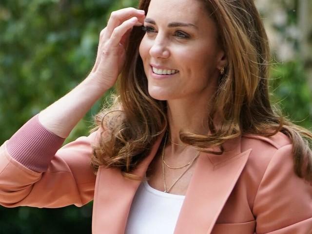 Süßes Geschenk: Herzogin Kate beglückt Schulkinder mit Überraschungsbesuch