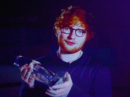 """Ed Sheeran zum Missbrauchsskandal: """"Ich denke, dass es auch in der Musikindustrie passiert"""""""