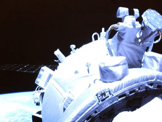 Chinesische Astronauten erreichen neue Raumstation