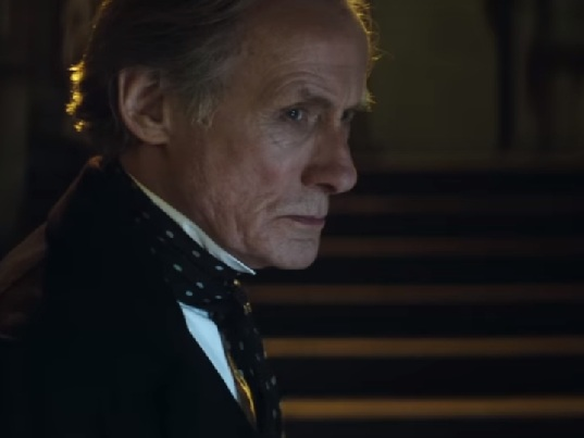 Bill Nighy und ein Murder Mystery im Trailer zu THE LIMEHOUSE GOLEM