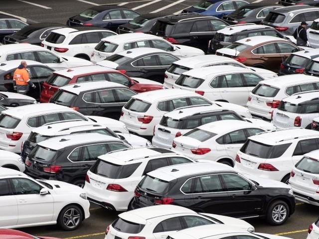 Zu hohe Emissionen: Linke, Grüne und SPD wollen SUV-Trend stoppen