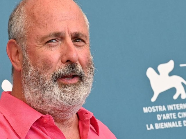 """Notting Hill""-Regisseur Roger Michell mit 65 gestorben"