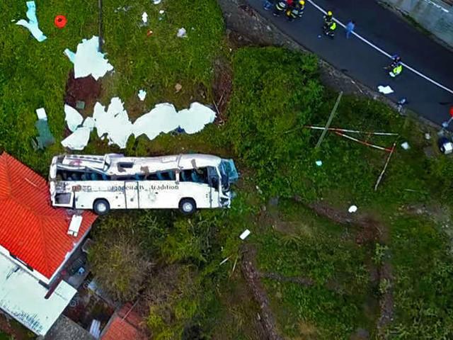 29 Tote bei Busunglück auf Madeira - Unfall ereignete sich nur 200 Meter vom Hotel entfernt