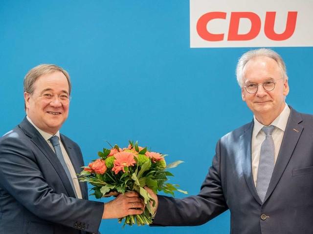 Neue Umfrage zur Bundestagswahl: Laschets CDU legt zu - FDP könnte zum Königsmacher werden