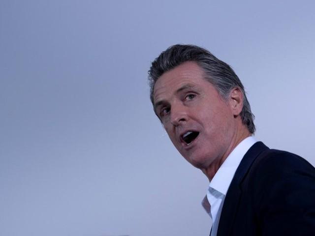 Prognosen: Kaliforniens Gouverneur Newsom hält sich im Amt