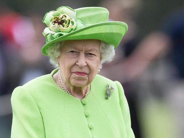 Queen startet in ersten Sommerurlaub ohne Prinz Philip