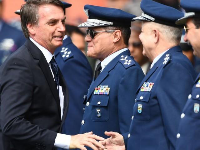 Bolsonaro oder die Generäle - wer in Brasilien die Macht hat