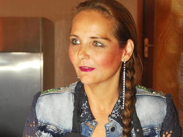 Dschungelstar Helena Fürst liegt im Krankenhaus
